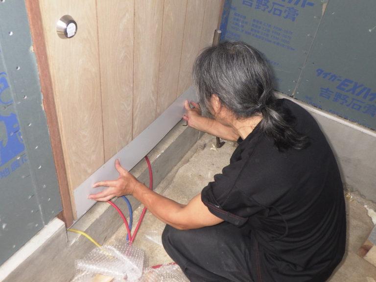 木製玄関ドアの塗装