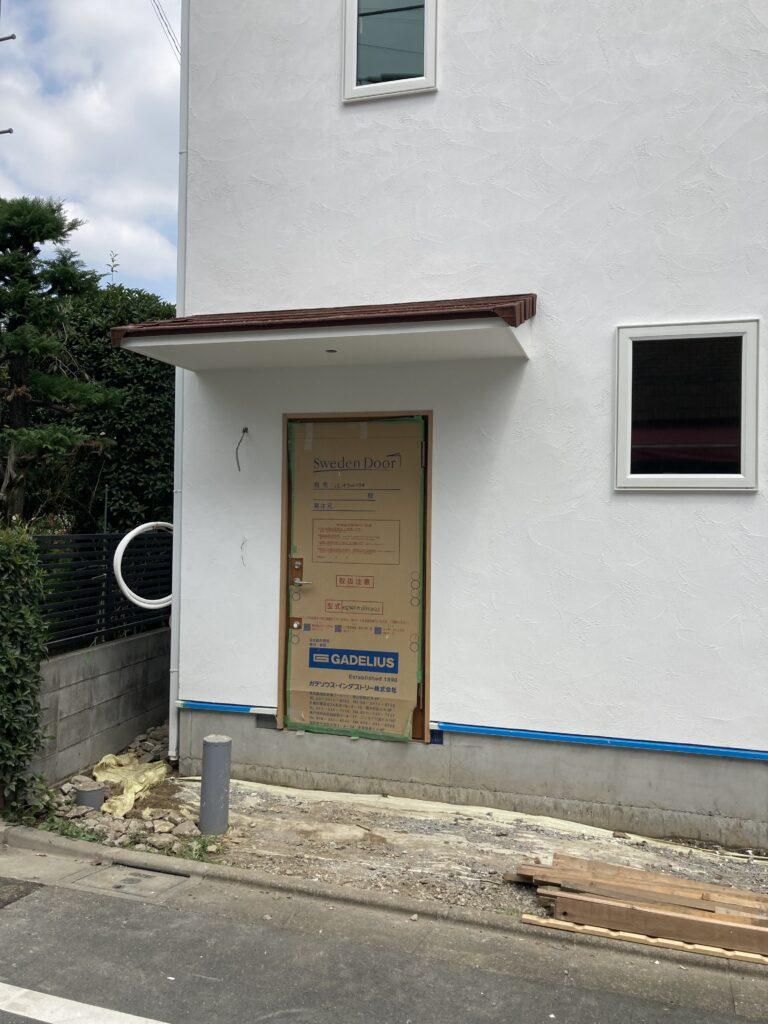 板橋区蓮根 I邸の玄関ドア